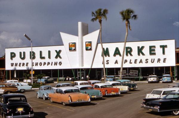 Publix Market at Venice East near Sarasota, Florida.
