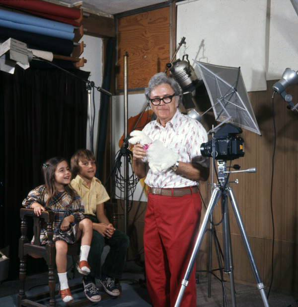 Joe Steinmetz doing magic tricks for children in his studio - Sarasota, Florida.