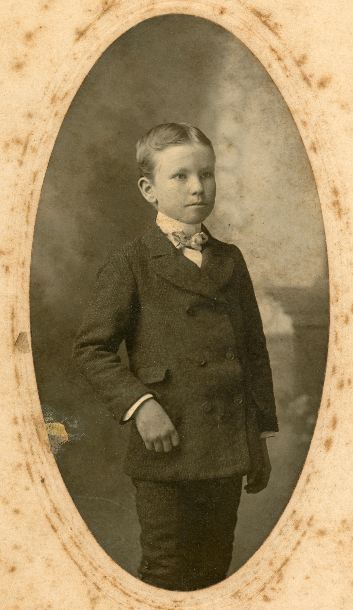 Studio portrait of William A. Sweeting from Bagdad, Florida.