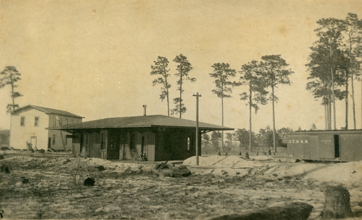 Rear view of Knowlton's Store, showing well, at Pomona Park.