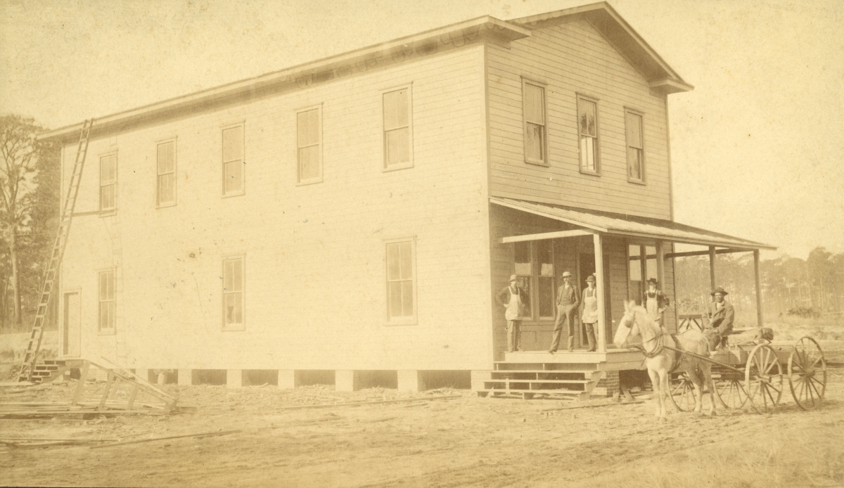 Group in front of C.A. Knowlton's Store at Pomona Park.