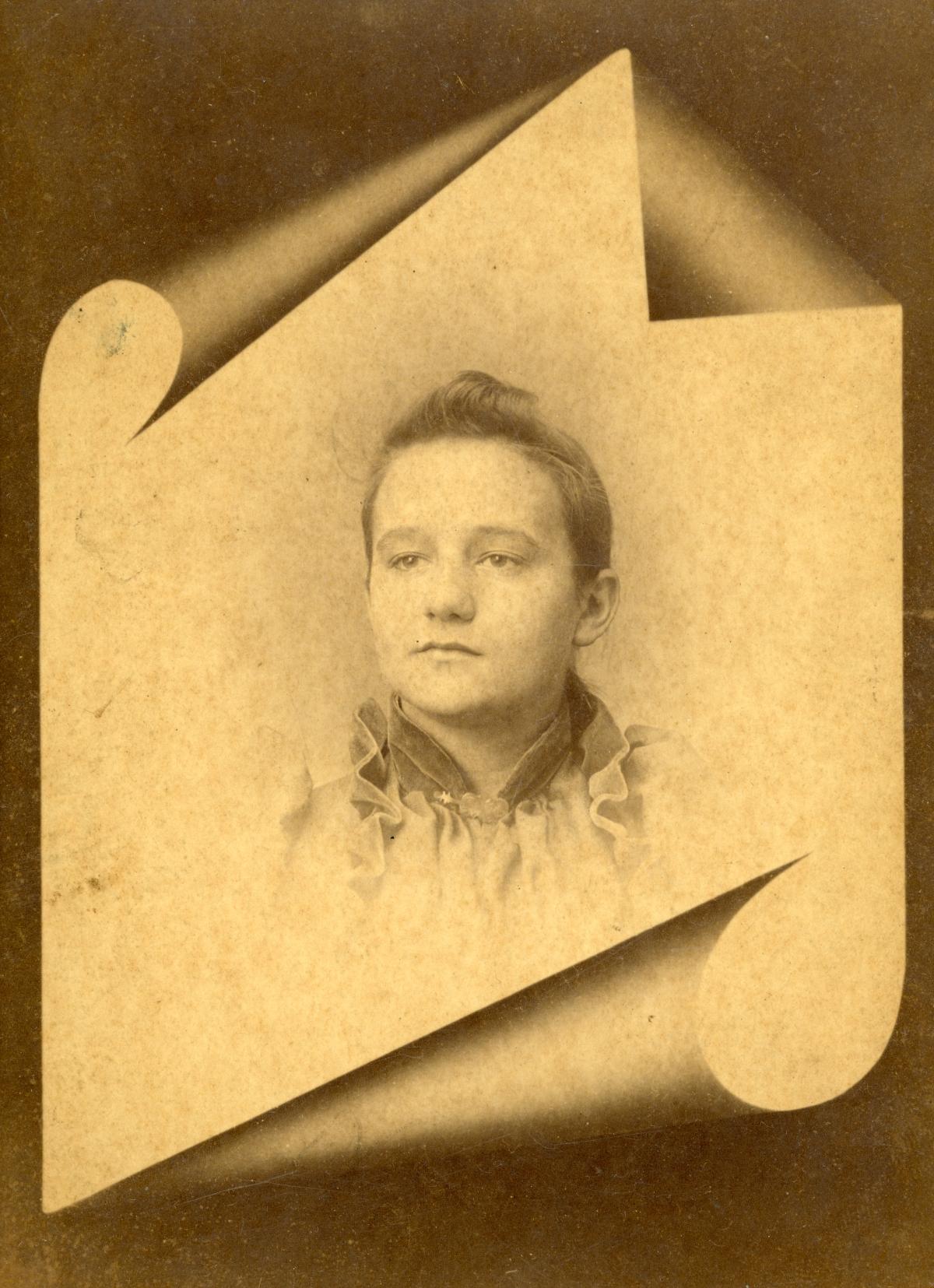 "Studio portrait of Elizabeth ""Lizzie"" Coleman Berry Dykes."