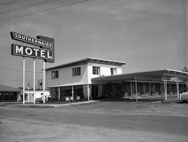 New Southernaire Motel in Tallahassee, Florida.