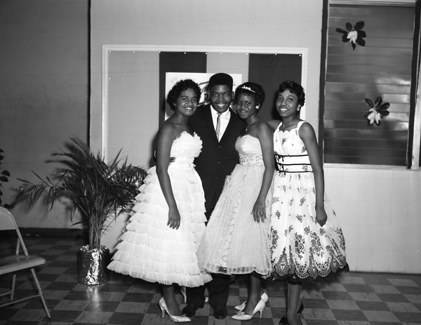 Portrait of Lincoln High School students during prom in Tallahassee.
