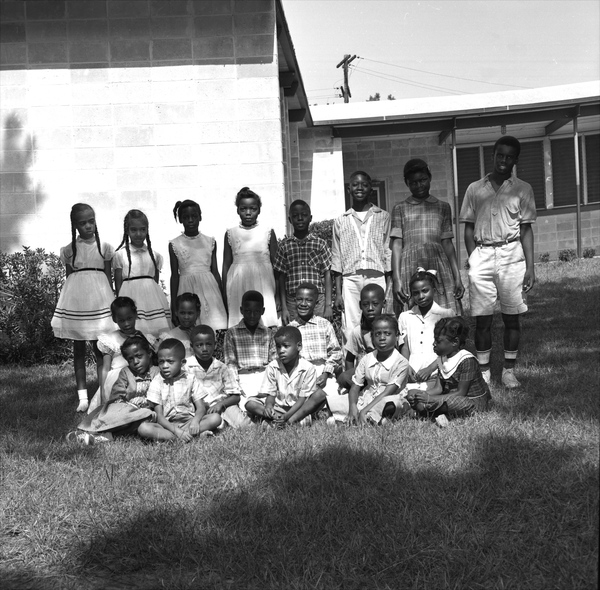 Class portrait of African American elementary school children in Tallahassee.
