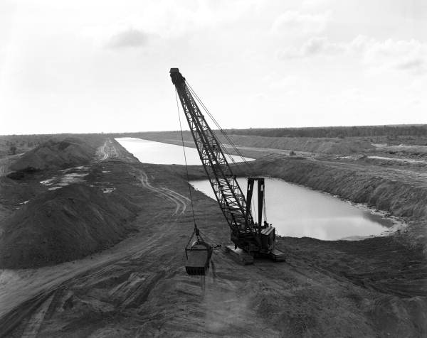 Cross Florida Barge Canal construction.