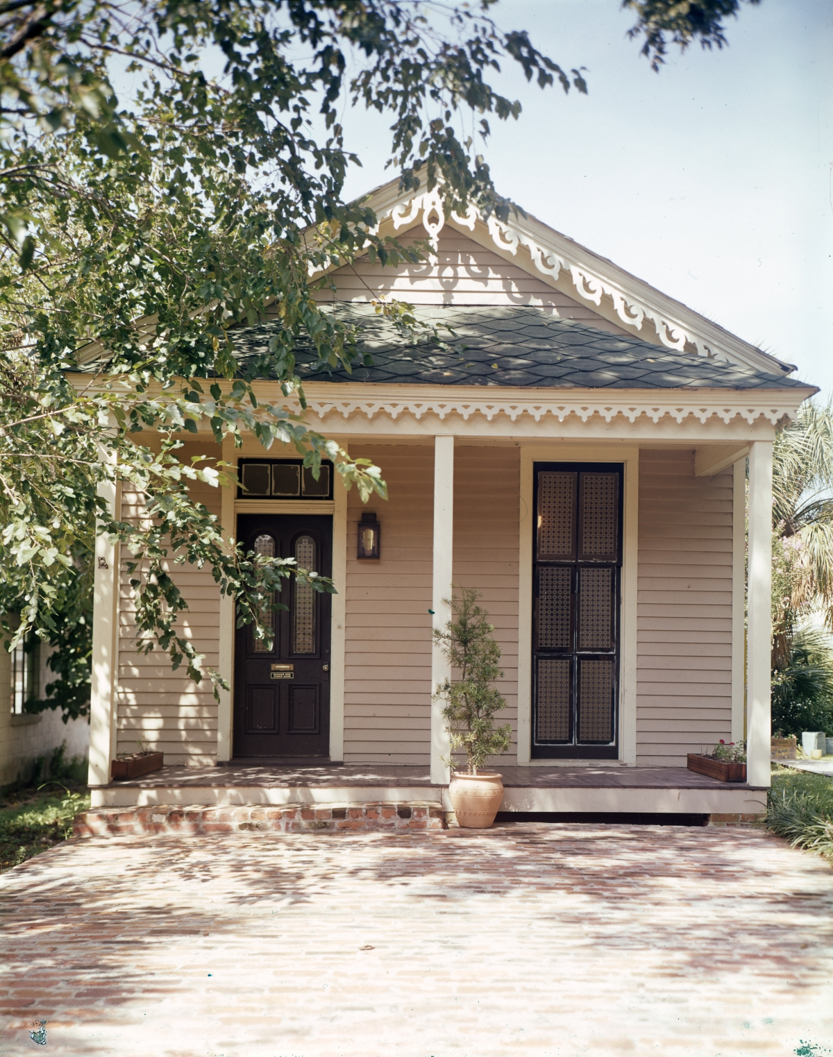 Home in the Pensacola Historic District.