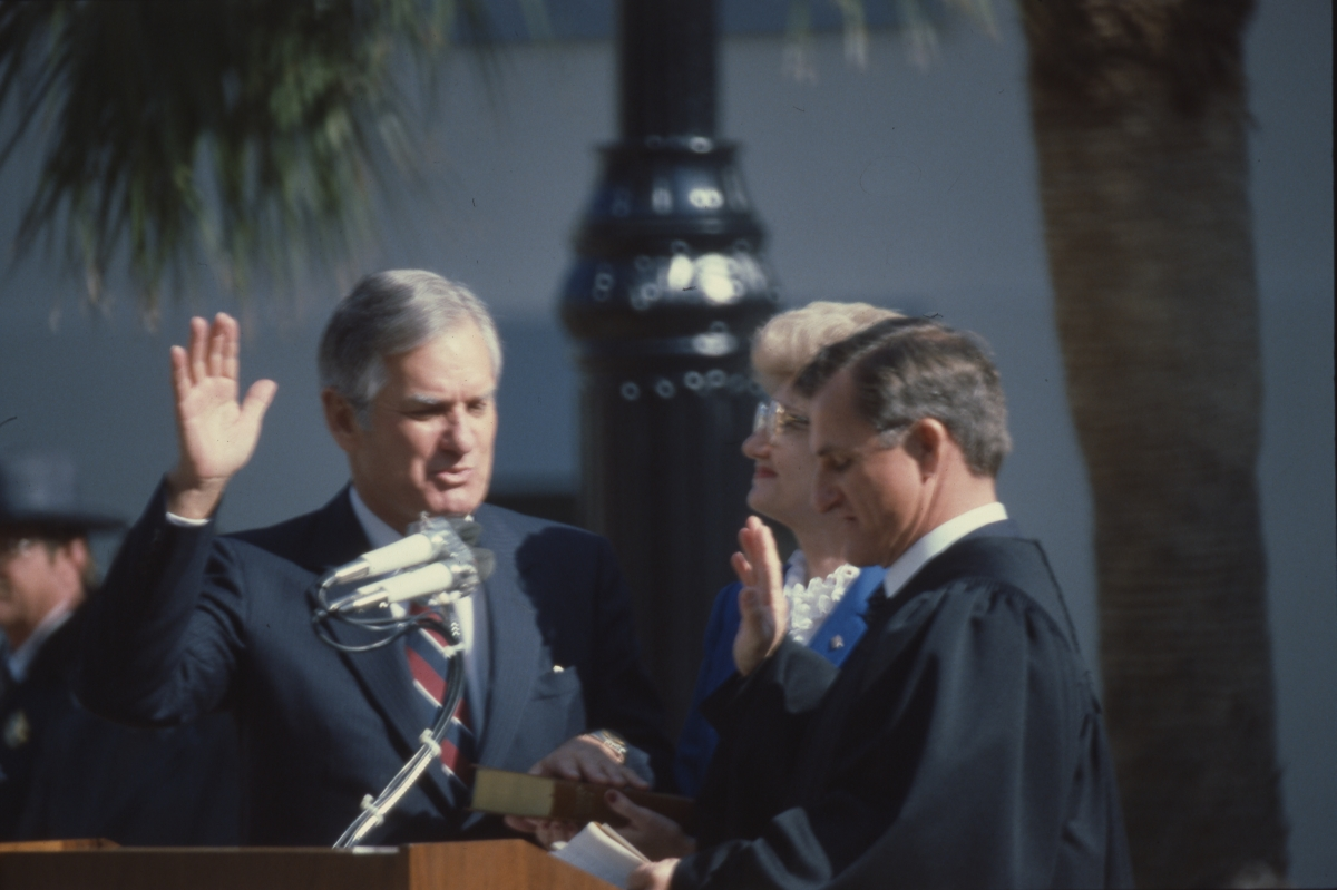 Lieutenant governor Mixson taking oath of office from Justice Parker McDonald in Tallahassee.