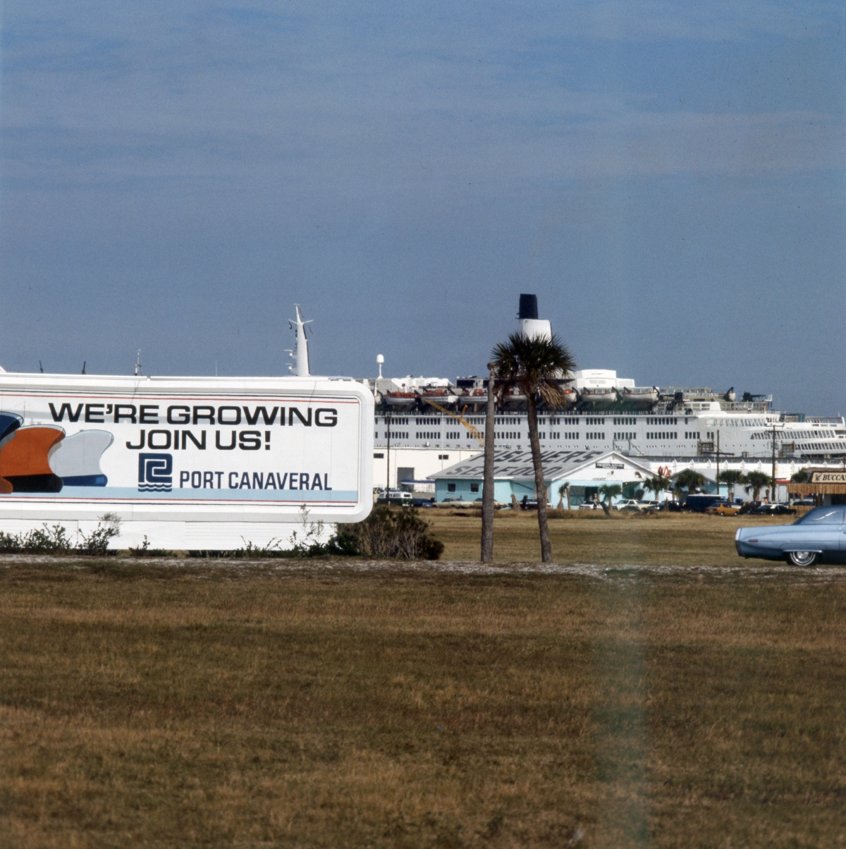 """Cruise ship """"Queen Elizabeth 2"""" moored at Port Canaveral."""