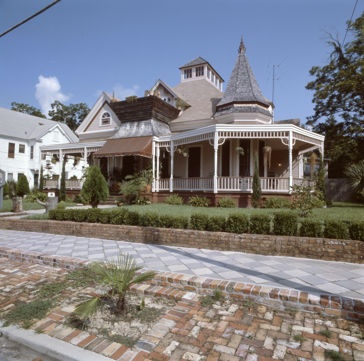 House at 14 W. Gadsden St. in the North Preservation District of Pensacola.