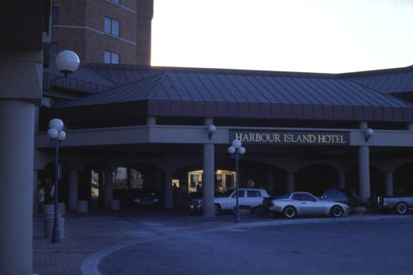 Harbour Island Hotel entrance in Tampa.
