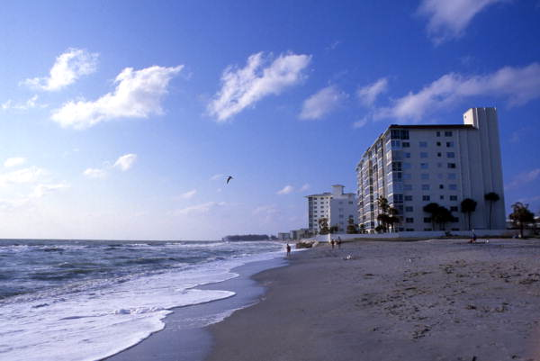 Gulf Shores condos on the beach at 255 The Esplanade N. in Venice.
