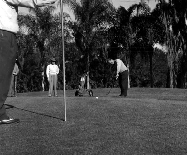 Golfers on the golf course - Tampa, Florida .