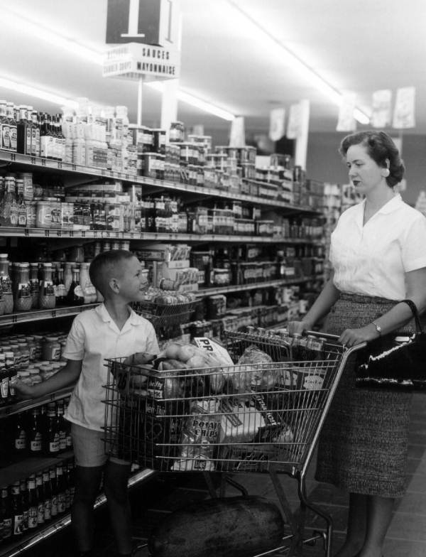 Juanita Miller grocery shops with her son Jody at the Colonial Store - Tallahassee, Florida.