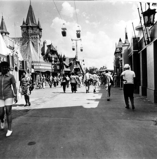 View of tourists in the streets at Disney World - Orlando, Florida.