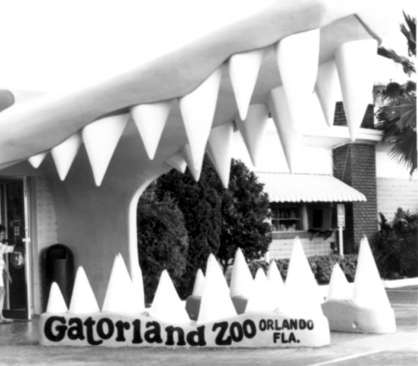 Entrance to the Gatorland theme park :Orlando, Florida
