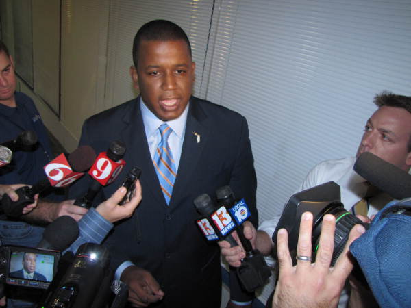 U.S. Representative Kendrick Meek talking with reporters in Orlando after a debate during the 2010 U.S. Senate race.