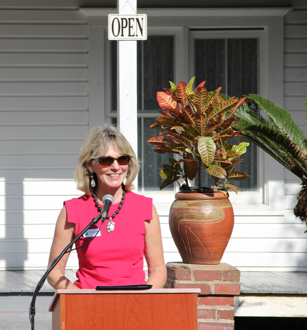 City Commissioner Mary Ann Lindley speaking during dedication ceremony for historical marker at the Taylor House in Tallahassee.