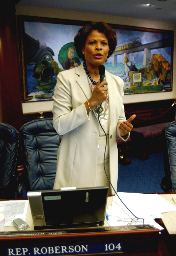 Florida State Representative Yolly Roberson, D-North Miami Beach, explaining a proposal on the House floor in Tallahassee, Florida.