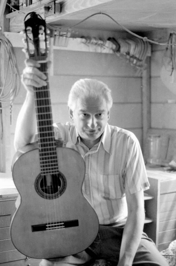 Portrait of guitar maker Manuel Fraguela in Jacksonville, Florida.