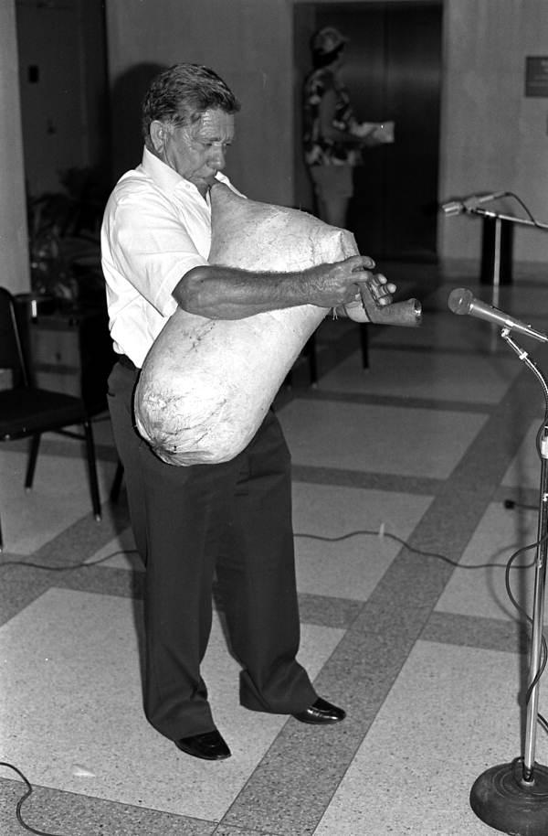 Nikitas Tsimouris performing at the 1985 Folk Heritage Awards - Tallahassee, Florida.