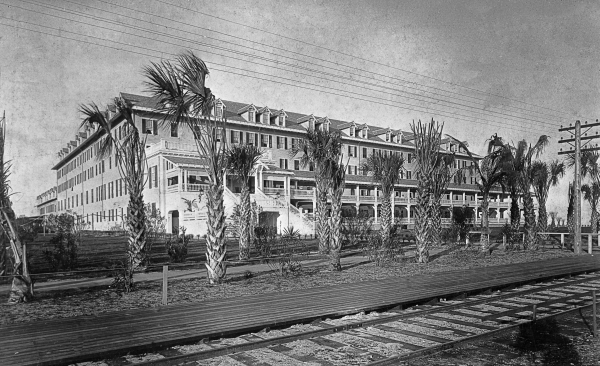 The Palm Beach Inn. Property of the Florida Photographic Collection