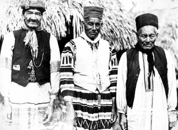 Three Seminole medicine men: Musa Isle, Florida