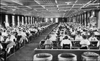 Interior of a large cigar factory: Tampa, Florida (19--?)