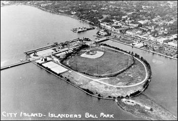 Aerial photograph of City Island and Islanders Ball Park: Daytona Beach, Florida (1946)