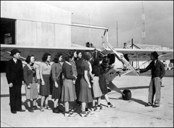 FSCW students in civil aeronautics class: Tallahassee, Florida (1940)