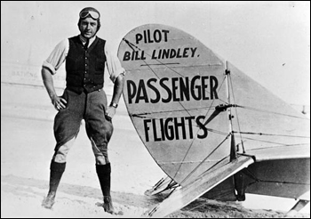 Pilot Bill Lindley with his airplane (1921)