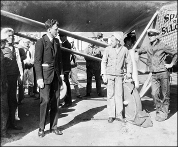 Charles Lindbergh with the &quot;Spirit of St. Louis&quot;: Jacksonville, Florida (1927)