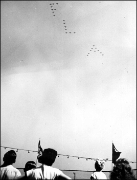 Naval air reserve training unit flyover: Jacksonville, Florida (1948)