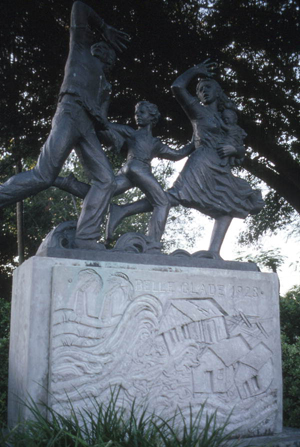 Statue commemorating the 1928 hurricane: Belle Glade, Florida