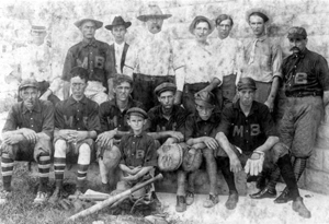 First baseball team in Mulberry: Mulberry, Florida (1907)