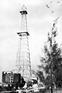 Oil well on the Dade-Collier County line (1943)
