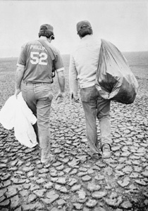 Governor Bob Graham and an aide collecting trash: Tallahassee, Florida (1979)