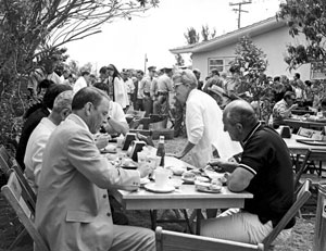 Frank Sinatra, left foreground, during filming of Lady in Cement (ca. 1968)