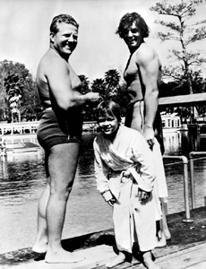 Newt Perry, Johnny Sheffield and Johnny Weissmuller during filming of Tarzan Finds a Son! (1938)