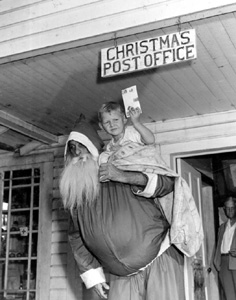 Lewis Yates and Santa Claus: Christmas, Florida (1947)