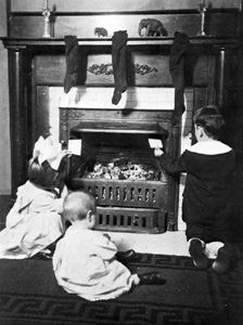The Greenwood children sending letters to Santa (1915)