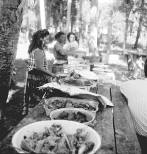 Seminole Indian Thanksgiving meal (195-)