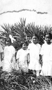 Four children from Yamato, Florida (ca. 1917)