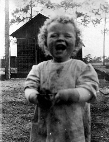 Little Bub Ahern having a good laugh: Babson Park, Florida (192_)