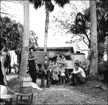 Family of migrant agricultural workers: Canal Point, Florida (1939)