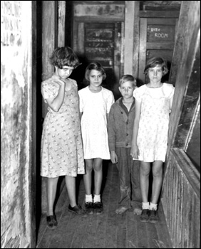 Children of citrus workers: Winter Haven, Florida (1937)