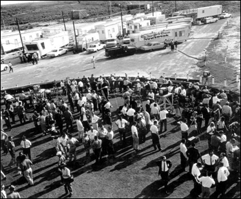Visitors and journalists at the Air Force base: Cocoa Beach, Florida (1963)
