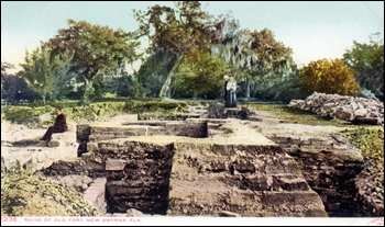 Postcard showing the ruins of Turnbull's warehouse: New Smyrna, Florida (1904)