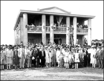 Confederate veterans and crowd standing at the Gamble Plantation: Ellenton, Florida (ca. 1920s)