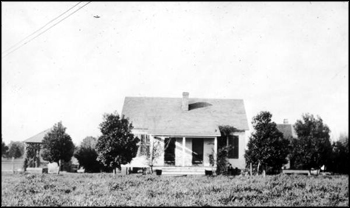 House for servants at Welaunee Plantation: Leon County, Florida (ca. 1923)